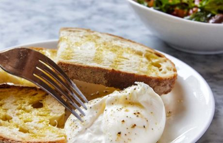 burrata-with-sourdough-bread-italian-emilias-crafted-pasta-london-restaurant-st-katharine-docks-aldgate
